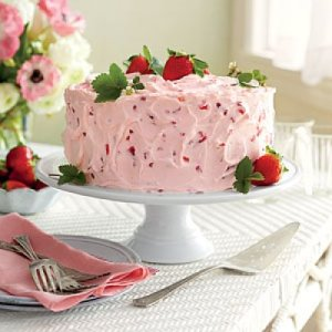 strawberry-lemonade-layer-cake-m
